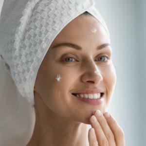 Cuida tu piel para verte bien sin maquillaje